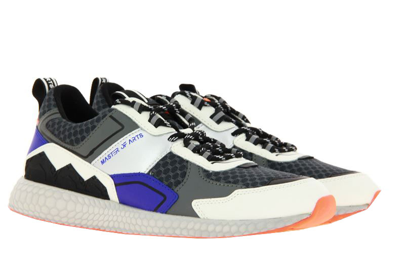 MOA Master of Arts sneaker FUTURA TRAIL SPECIAL EDITION
